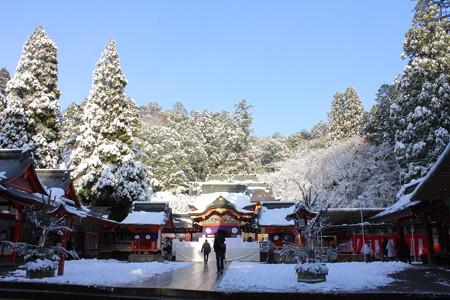 冬の霧島神宮