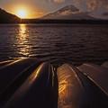 朝の精進湖