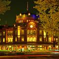 Photos: 夜の東京駅