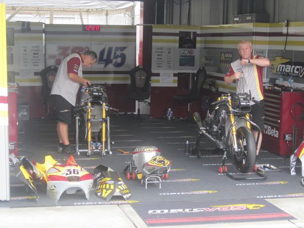 Photos: 515_vds_racing_team_moto2_suter_2011
