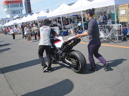 14_21_katsuyuki_nakasuga_2012_yzf_r1