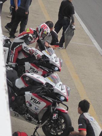 43_21_katsuyuki_nakasuga_2012_yzf_r