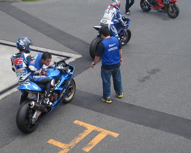 写真: 19 2013 J_GP2 12 中本 郡 レーシングチーム OutRun YZF-R6