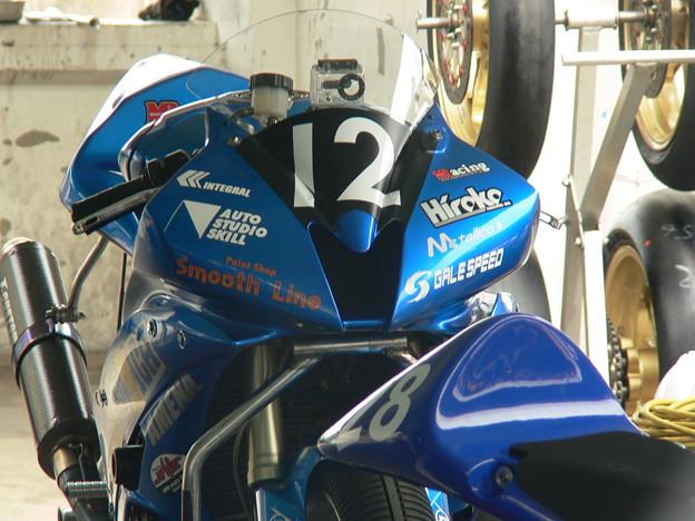 24 2013 J_GP2 12 中本 郡 レーシングチーム OutRun YZF-R6