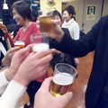 Photos: 指揮者と乾杯~♪