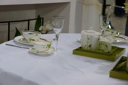 蘭とテーブルウェア