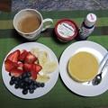 Photos: (1・7)ジュメの朝食