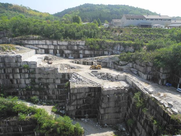 中野組石材工業 石切り場 - 写真...