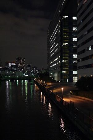 高浜運河の遊歩道