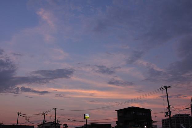 茜色 北東の空
