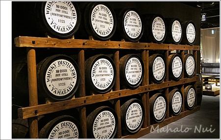 ウイスキーの樽がいっぱい