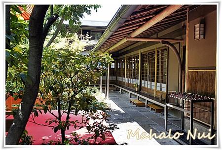 京都の雰囲気が漂う店内
