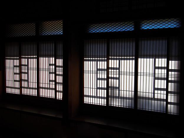 秋陽の射す部屋~和