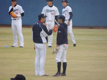 007 上田さんと嬉しそうに話してました