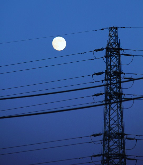 夕景・・秋のお月見・・小望月  4  09:18