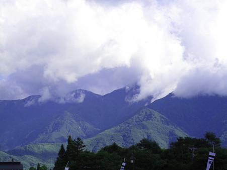 IMG_5003 駒ケ岳も雲