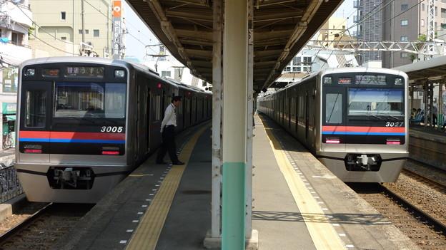 Photos: 京成3005編成と3027編成