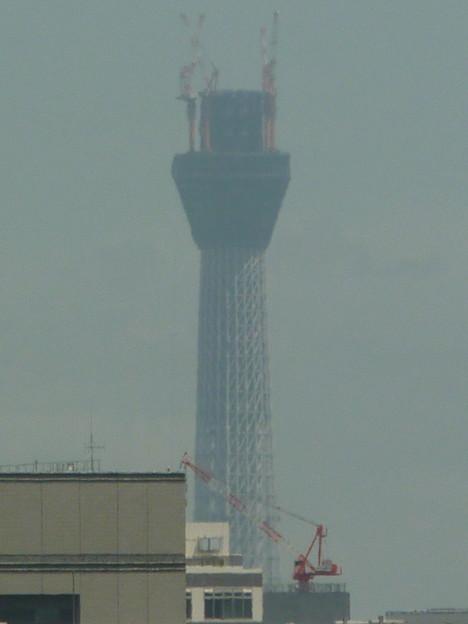 建設半ばの東京スカイツリー