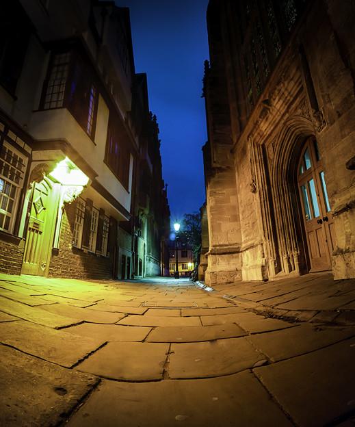 Photos: オックスフォード街中にある路地