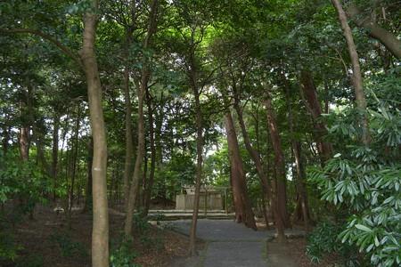 鴨下神社1