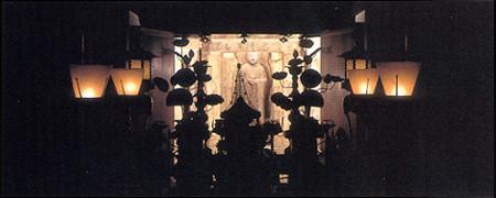 十輪院 石仏龕(せきぶつがん)
