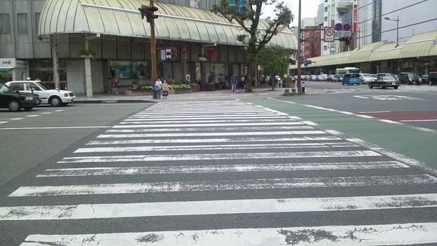 40秒足らずでこの横断歩道を渡れない方々がいる