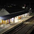 夜の会津坂下駅 ホーム