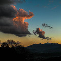 2012最後の夕陽を浴びる雄大な雲2