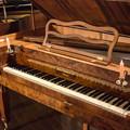 スクエア・ピアノと言います