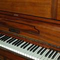 私の楽器@1920年代前半製だと思われるハンブルグ製ピアノ