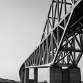 Photos: 恐竜橋を海上から見る3