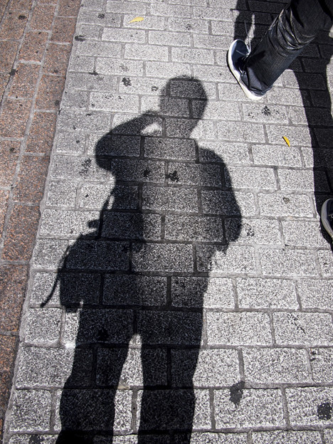 影の薄い男 - 写真共有サイト「...