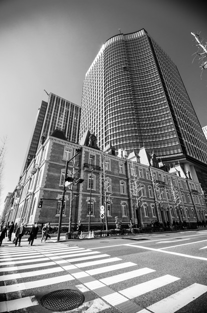 Photos: 聳え立つ三菱一号館