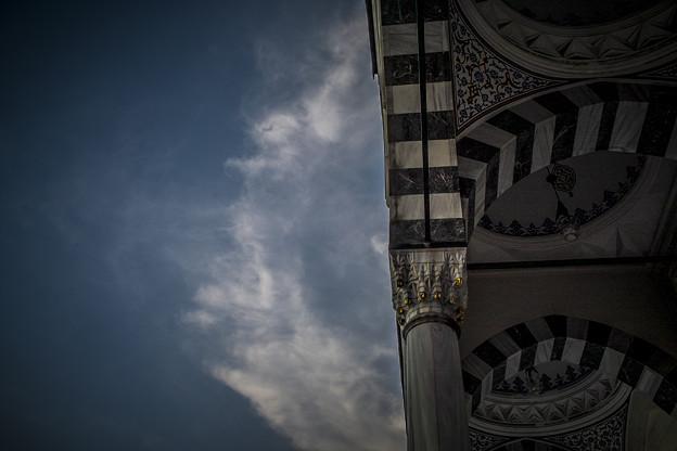 空に映える東京ジャーミイ