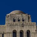 写真: 重厚な神宮外苑の絵画館1