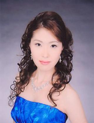 平田真理子 ひらたまりこ 声楽家 オペラ歌手 ソプラノ     Mariko Hirata