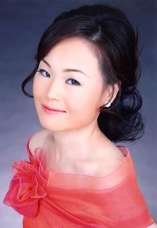 別府聡子 べっぷさとこ 声楽家 オペラ歌手 メゾソプラノ   Satoko Beppu