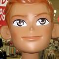 写真: ゆめタウン八代の夏仕様日焼け最近のマネキン少年バージョン