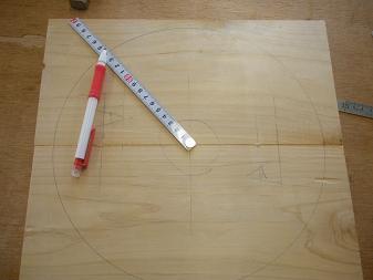 木工教室~スツール(3)
