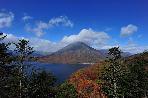 Photos: 半月山からの眺望^^