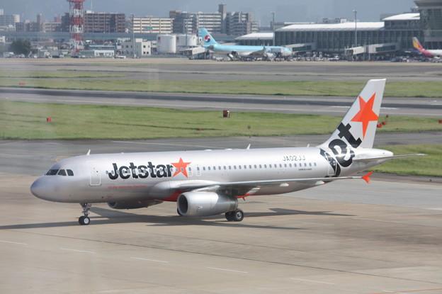 ジェットスタージャパン エアバスA320 JA02JJ (3)