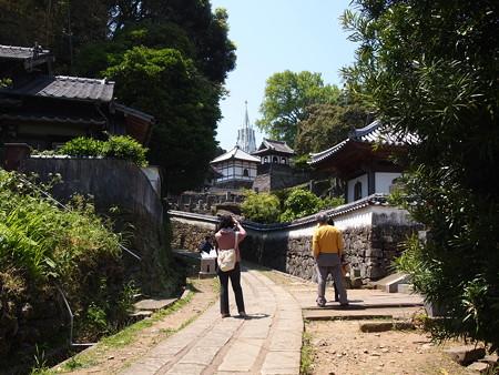平戸寺院坂
