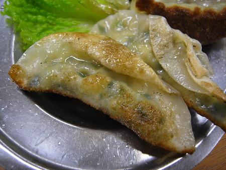 宝亭 餃子定食(出前) 餃子裏面の様子