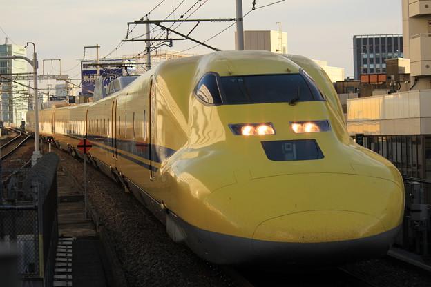 新幹線923形(ドクターイエロー)
