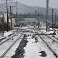 特急スーパー北斗13号と普通列車