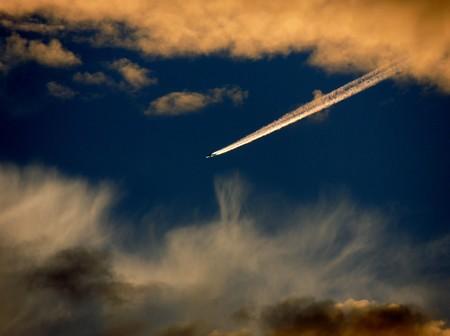 夕空の飛行機