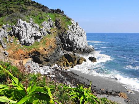 神島のカルト地形