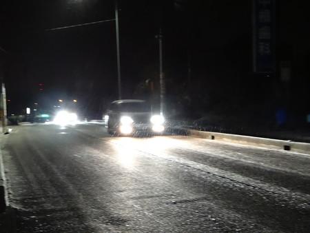 雪降る国道155号線