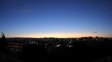 20121216 豊田市の曙