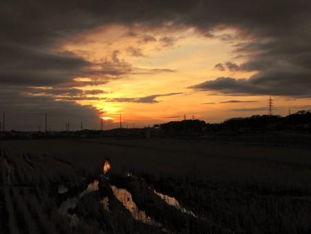 寒波襲来の夕陽